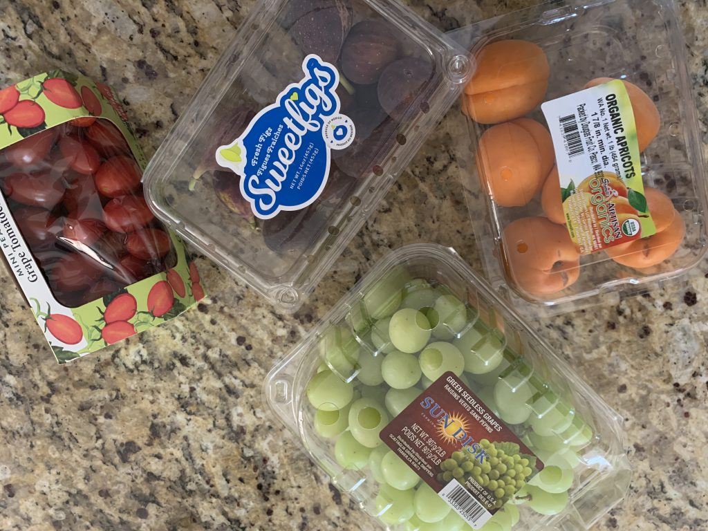 Fruit in Plastics, go green